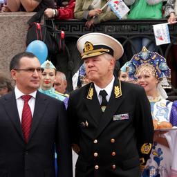 Министр сельского хозяйства РФ Николай Федоров и руководитель Росрыболовства Андрей Крайний