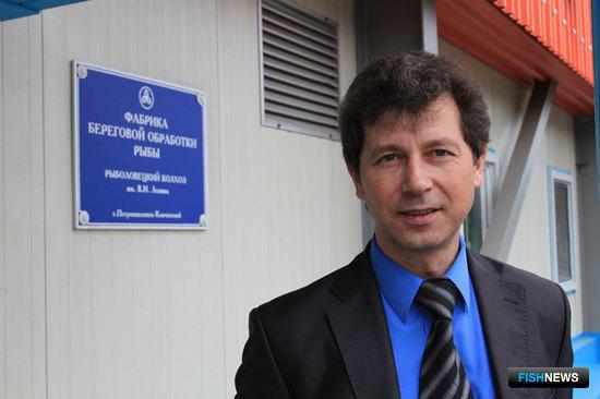 Начальник производственной службы Владимир СЕРИКОВ