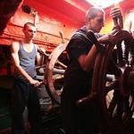Учения по переходу на аварийное управление судна. Фото Александра Кучерука.
