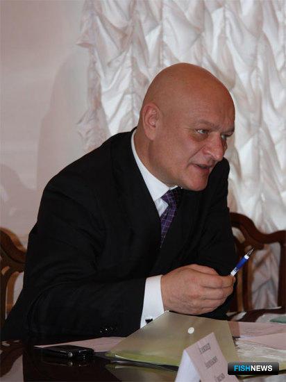 Председатель Общественного совета Александр САВЕЛЬЕВ