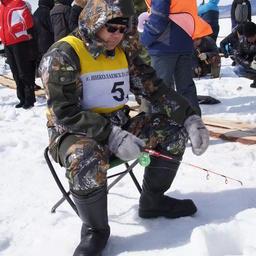 Соревнования по подледной рыбалке превратились в устоявшуюся традицию Николаевского района