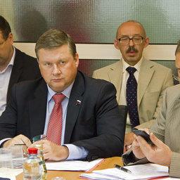 Депутат Государственной Думы РФ Георгий КАРЛОВ (слева)