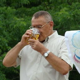 Председатель правления РК «Приморец» Петр Гордиенко