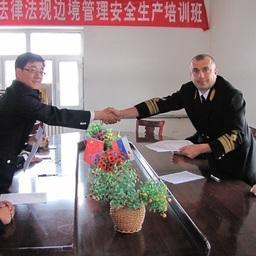 Российские и китайские инспекторы проконтролировали летний промысел в пограничных водах Амура. Фото пресс-службы Амурского теруправления Росрыболовства