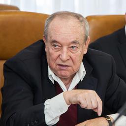 Руководитель секции «Рыбохозяйственный комплекс» экспертного совета профильного комитета СФ Владимир ИЗМАЙЛОВ