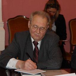 В. БРУХИС, секретарь Общественного совета