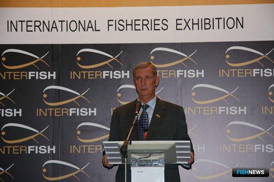 председатель Комитета Совета Федерации по аграрно-продовольственной политике и рыбохозяйственному комплексу Геннадий ГОРБУНОВ