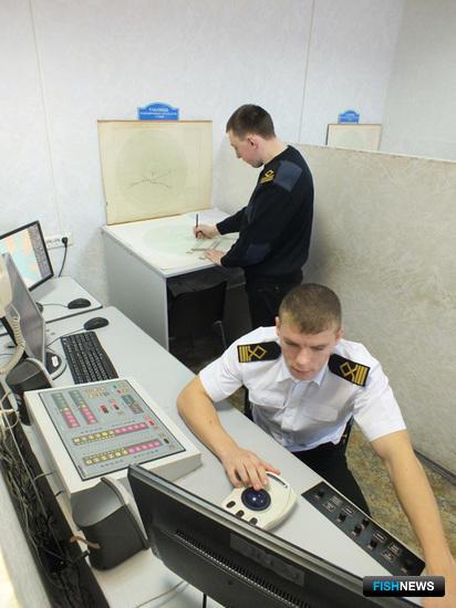 На NTPRO учащиеся тренируются только на последнем, выпускном курсе, практикующие судоводители проходят переподготовку на тренажере каждые пять лет