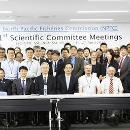 Участники обсуждений в штаб-квартире Комиссии по рыболовству в северной части Тихого океана. Фото пресс-службы ТИНРО-Центра