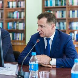 Заместитель руководителя Росрыболовства Петр САВЧУК. Фото пресс-службы Дальрыбвтуза