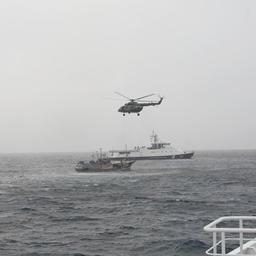 Операция по задержанию шхуны «Миё Мару 21». Фото пресс-службы Погрануправления ФСБ России по Сахалинской области