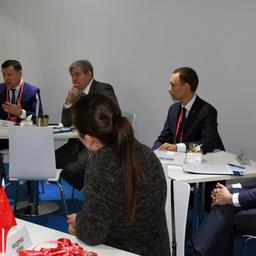 В неформальной обстановке представители бизнеса и госструктур обсудили вопросы продвижения новых видов российской рыбопродукции на рынок Китая