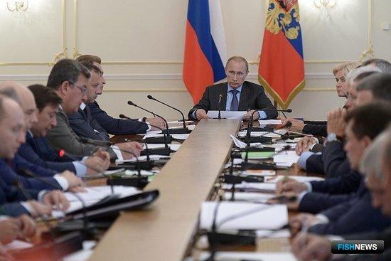 Совещание с членами Правительства. Фото пресс-службы Президента РФ.