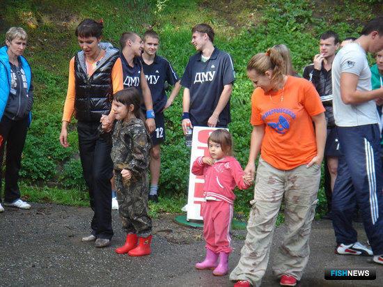 Молодая смена тоже принимает участие в забегах