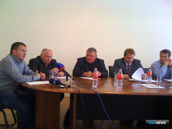 Руководители предприятий - участников Программы поддержки развития береговой рыбопереработки в Приморье на 2010-2013 гг.