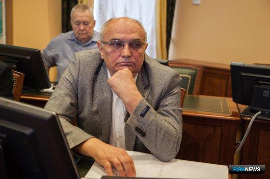 Заместитель председателя правления Союза рыболовецких колхозов России Александр МЕДВЕДЕВ