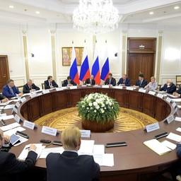 Совещание по развитию транспортной инфраструктуры Северо-Запада России. Фото пресс-службы президента