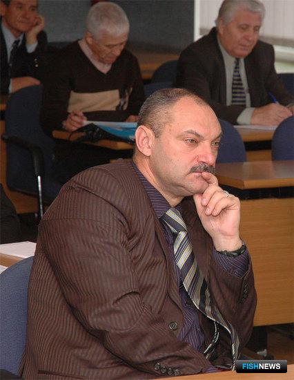 Начальник Управления флота, портов и мониторинга Росрыболовства Владимир АВДОШИН на совещании во Владивостоке