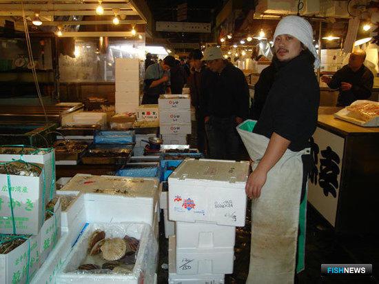 Токийский рыбный рынок Цукидзи