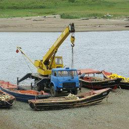 Рыболовецкий стан на реке Найба (побережье Охотского моря)