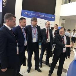 Глава Росрыболовства Илья Шестаков и его заместитель Петр Савчук дал старт биржевым торгам рыбной продукции