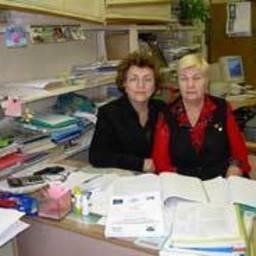 Антонина Подкорытова и Мария Суховеева