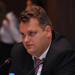 Заместитель председателя правления АО «Морской банк» Антон БУЗИН