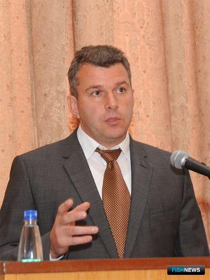 Начальник Владивостокского морского рыбопромышленного колледжа Евгений ДУБОВИК