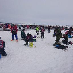 В этом году впервые на «Сахалинский лед» вышло 20 команд рыболовов-любителей с ограниченными возможностями.