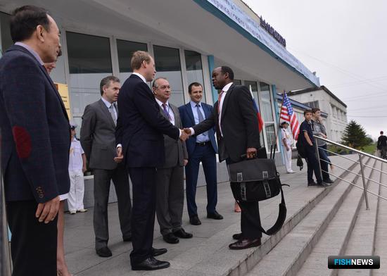 27-я сессия российско-американского Межправительственного консультативного комитета по рыбному хозяйству стартовала во Владивостоке. Фото пресс-службы Дальрыбвтуза
