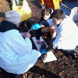 Студенты Мурманского государственного технического университета посетили рыбоучетное заграждение на реке Кола. Фото пресс-центра МГТУ
