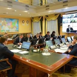 В Росрыболовстве состоялось совещание по подготовке и проведению IV Съезда работников рыбохозяйственного комплекса. Фото пресс-службы ВАРПЭ