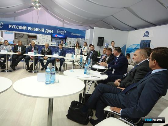 Тема распределения нового вида лимитов обсуждалась с представителями бизнеса в рамках делового завтрака на площадке ВЭФ