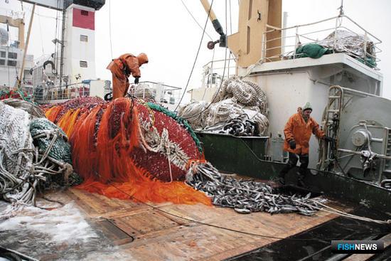 За преображенских рыбаков заступился краевой профсоюз